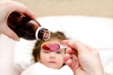 Siro dành cho trẻ sơ sinh bị thu hồi do nhiễm khuẩn