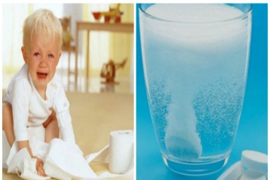 Pha oresol bù nước trị tiêu chảy cho trẻ- 'con dao hai lưỡi' cần thận trọng