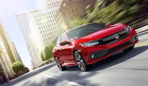 Giá bán quá cao so với mặt bằng, Honda Civic 2019 gây thất vọng cho khách hàng?