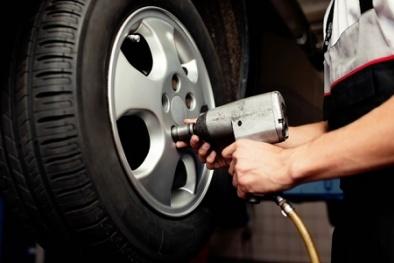 Lý do cần phải đảo lốp ô tô tài xế nào cũng nên biết