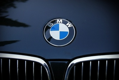 BMW thu hồi 184.000 ô tô vì nguy cơ gây cháy nổ