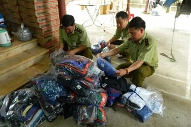 Tịch thu 570 chiếc áo phông nam có dấu hiệu giả mạo nhãn hiệu được bảo hộ