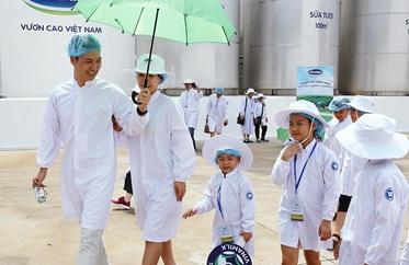 Vững tin về chất lượng sữa học đường Vinamilk