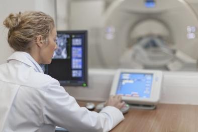 Bất ngờ với công cụ trí tuệ nhân tạo có thể dự báo bệnh ung thư phổi từ Google