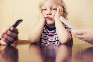 Công nghệ sẽ làm 'rạn nứt' mối quan hệ giữa các thành viên trong gia đình?