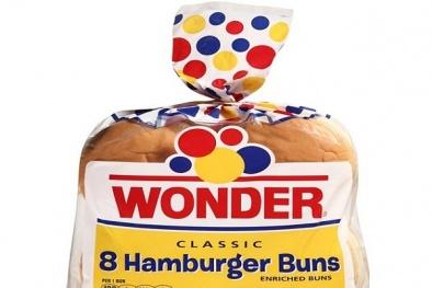 Bánh hamburger và bánh mì xúc xích bị thu hồi vì chứa nhựa