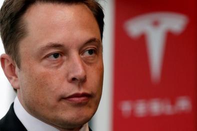 Elon Musk ra mắt động cơ của mẫu tên lửa mới