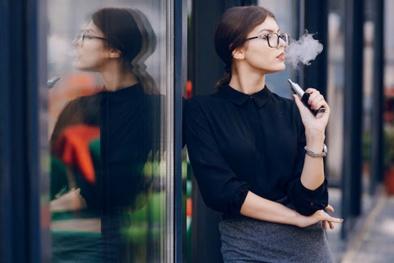 Những tác động đáng sợ của thuốc lá điện tử