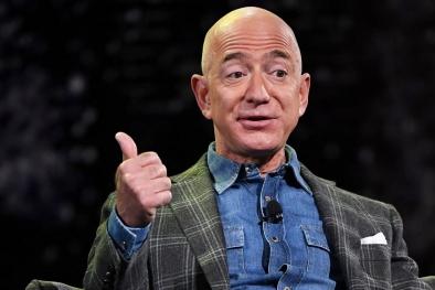 Mất 10 tỷ USD Jeff Bezos vẫn là người giàu nhất thế giới
