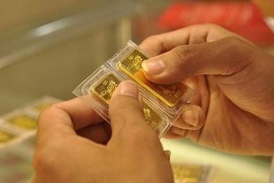 Lý do nào khiến giá vàng tăng 'sốc' sát 50 triệu đồng/lượng trong vài giờ?