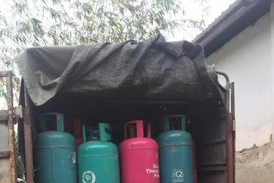 Ngang nhiên sang chiết gas trái phép từ Petrol Việt Nam sang Thăng Long gas