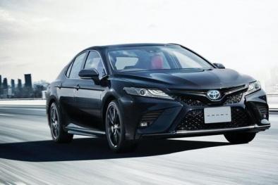 Toyota Camry phiên bản Black Edition ra mắt: Ngoại hình ấn tượng, công suất 176 mã lực