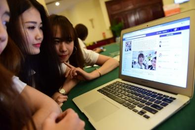 Bùng nổ người nổi tiếng bán hàng online 'giá cắt cổ'