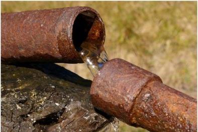 Ống nước, vòi nước kém chất lượng - 'thủ phạm' gây nguy hiểm cho sức khỏe