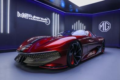 Lộ diện mẫu xe chạy điện MG Cyberster: Khả năng tăng tốc đỉnh cao, thiết kế giống phi thuyền