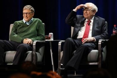 Bill Gates và Warren Buffett trở thành bạn thân như thế nào?