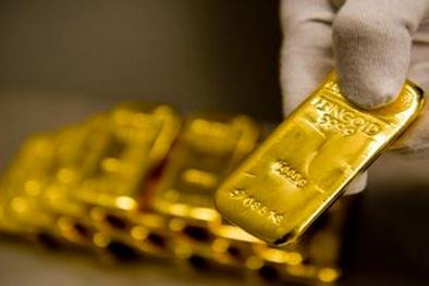 Giá vàng tiếp tục leo cao, chuyên gia dự báo tăng tiếp hay giảm?