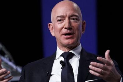 5 bài học để đời về thành công của Jeff Bezos sau 27 năm gắn bó với Amazon