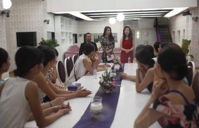 Ban tổ chức Hoa khôi Áo dài Việt Nam giải thích về việc cài thí sinh vào top 18