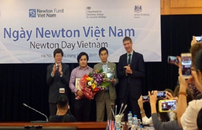 Hai tiến sĩ của Việt Nam đã được trao giải thưởng Newton trị giá 200.000 bảng Anh
