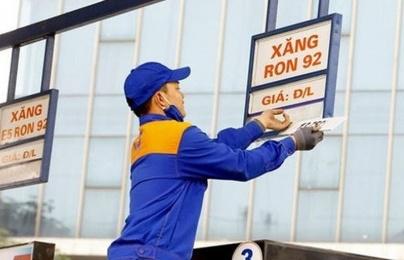 Giá xăng giảm mạnh sau chuỗi tăng liên tục