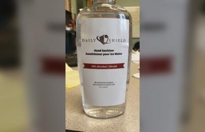 Thu hồi khẩn cấp sản phẩm nước rửa tay giả