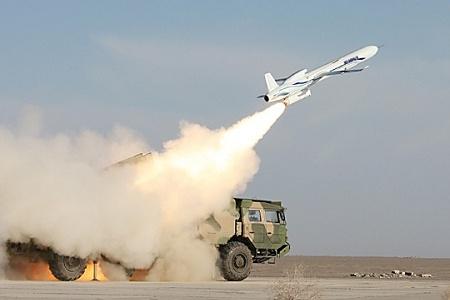 Vũ khí Trung Quốc vừa thử nghiệm đầy uy lực khiến địch như ngồi trên lửa