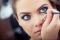 10 thói quen trang điểm có hại cho sức khỏe