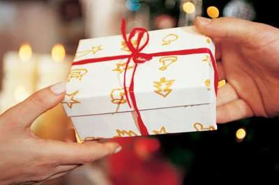 Chọn quà tặng ý nghĩa và ấn tượng