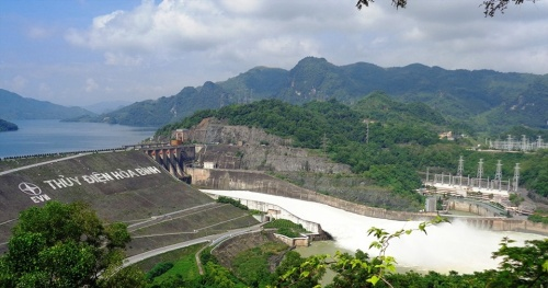 Ensure safety downstream when flood discharge in Son La, Hoa Binh, Thac Ba lakes