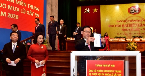 The Hanoi City Party Committee continued to call for support for people in the Central region who were damaged by floods