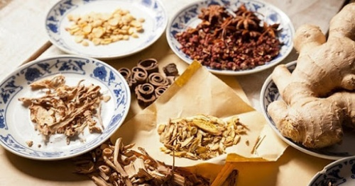 Tighten the quality control of traditional medicinal herbs and herbs