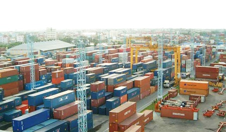 Container rental prices increased dramatically, exports fell into a difficult situation