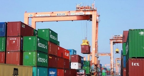 The Government requires strictly handling the act of hiring ships and containers