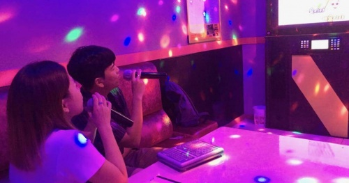 Pause karaoke, discotheque and bar services in Hanoi from 0:00 on February 1, 2021