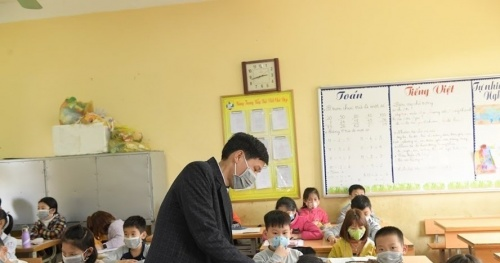 Students in Hanoi will be absent from school until the end of February 28, 2021