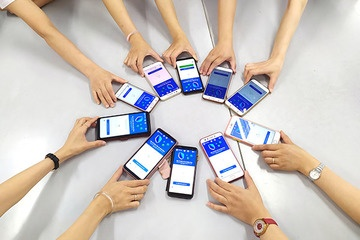 Penalties for cases with smartphones but not installing anti-epidemic apps