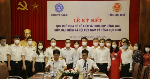 Vietnam Social Security and General Department of Taxation work together and share data